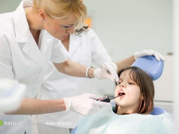 宝宝牙长歪了如何纠正?——柳州牙卫士