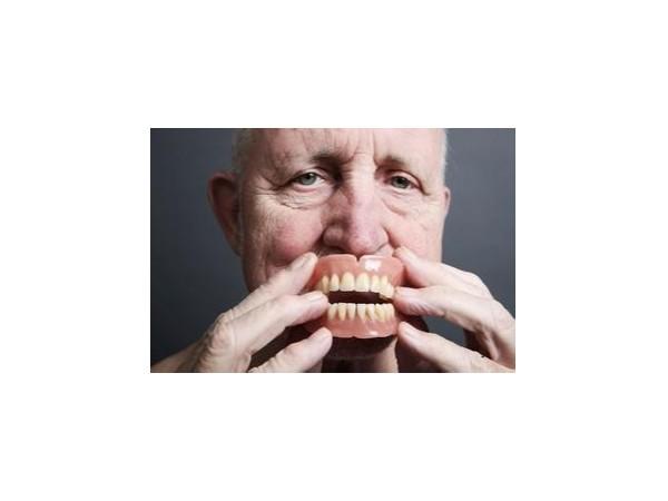 试戴全口义齿有哪些内容需要检查?——柳州牙卫士