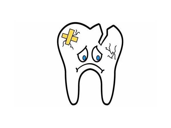 牙齿突然掉了一小块,这是怎么回事?——柳州牙卫士